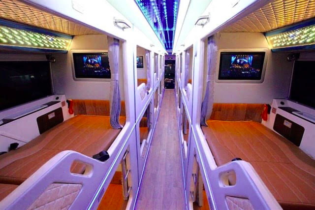 Cabin bed bus line