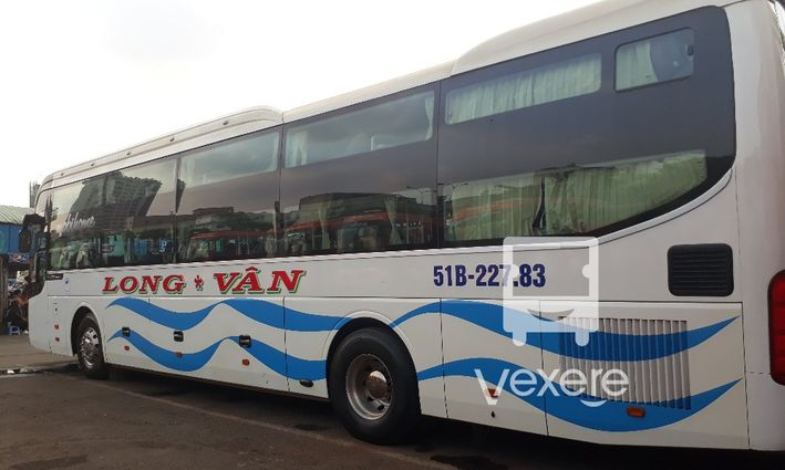 Long Vân bus - VeXeRe.com