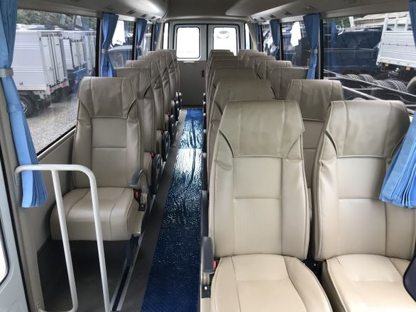 Limousine 22 chỗ VIP Discovery Travel