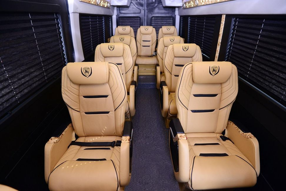 Xe Daily Limousine Ghế ngồi Limousine 12 chỗ !